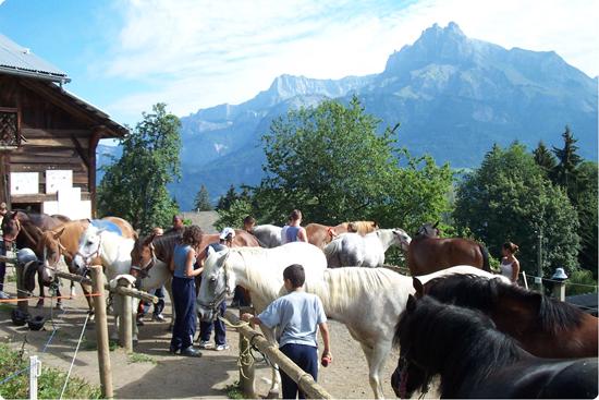colonie montagne - équitation Oeuvre Universitaire du Loiret
