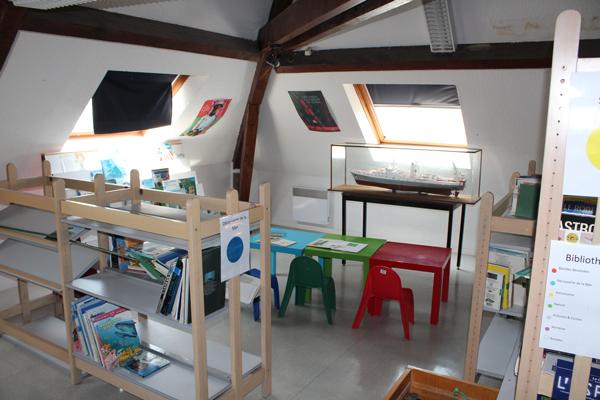 Centre de vacances, Les Sables d'Olonne, vacances, classes, colonie : la bibliotheque