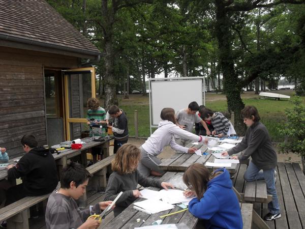 Colonie de vacances, séjours, classes de découvertes, Étang du Puits : bâtiment extérieur