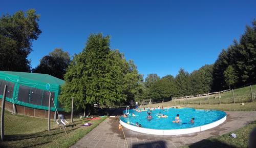 Colonie de vacances, séjours, classes de découvertes, famille, Crocq, piscine 2