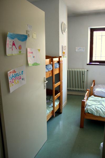 Colonie de vacances, séjours, classes de découvertes, vacances en famille, Sollières : une chambre 2