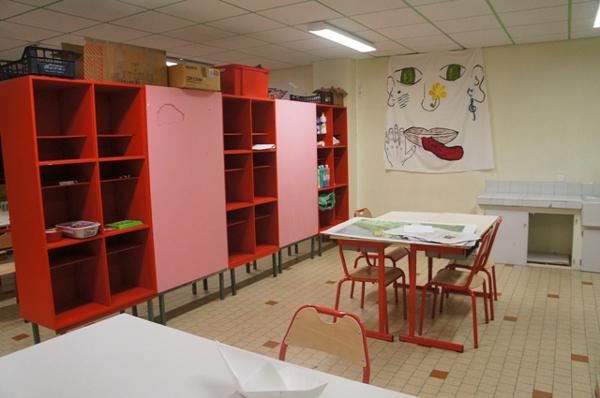 Colonie de vacances, séjours, classes de découvertes, vacances en famille, Sollières : salle d'activités