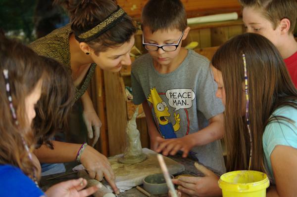 Colonie de vacances, séjours vacances, enfants, poterie, été 2015