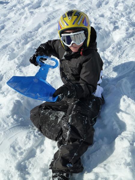 Centre, colonies, vacances, camps, neige, hiver, ski, Sollières : jeux luge 3