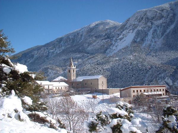 Centre, colonies, vacances, camps, neige, hiver, ski, Sollières : le village