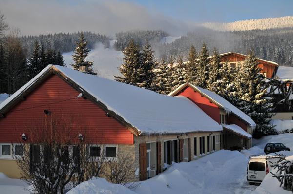 Colonie de vacances, séjours, classes de découvertes, Méaudre, bâtiments : extérieur 1