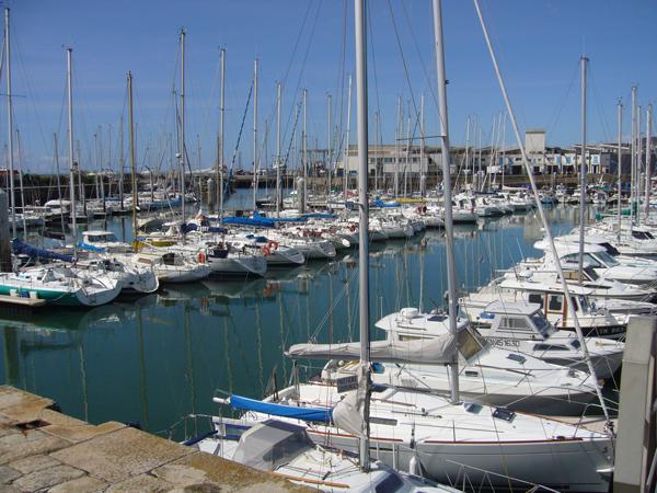 Classe de découvertes, centre vacances, classe de mer, port