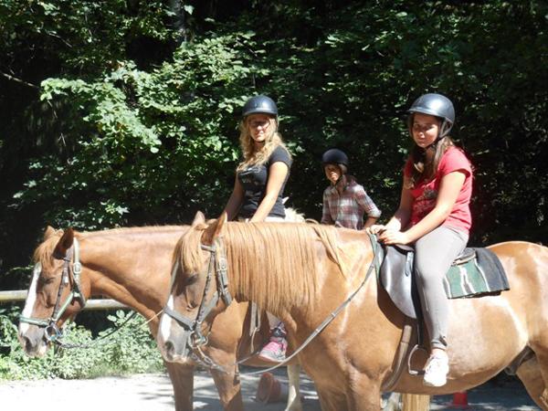 Colonie de vacances enfants, Combloux, équitation 2, oul, été 2017