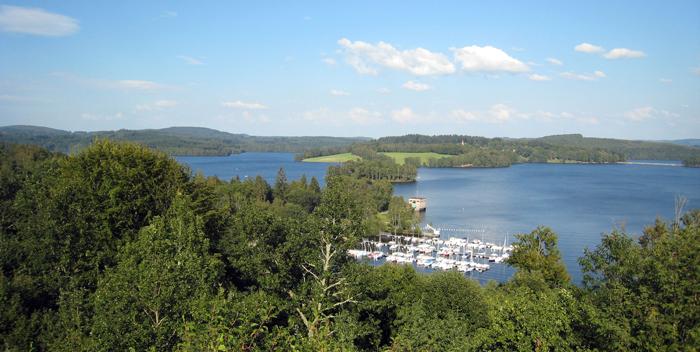 Colonie de vacances, séjours vacances, enfants, Lac de Vassiere, indiens, Crocq été 2017