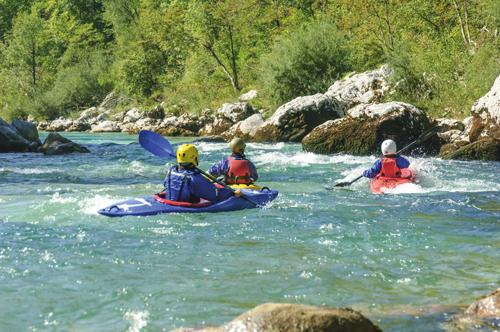 Colonie de vacances, sejours itinerant, vacances, enfants ados, oul, été, kayak