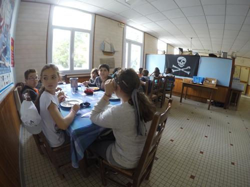 Centre de Damgan Kermor, vacances, classes, colonie, salle à manger