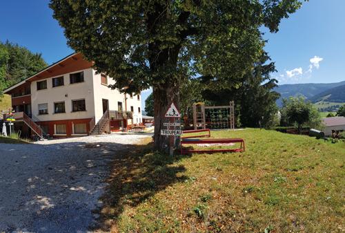 Colonie de vacances, séjours classes de découvertes, famille, Lans en Vercors, bâtiment