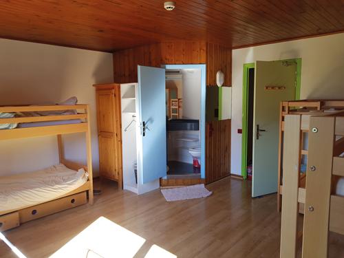 Colonie de vacances, séjours classes de découvertes, famille, Lans en Vercors, chambre