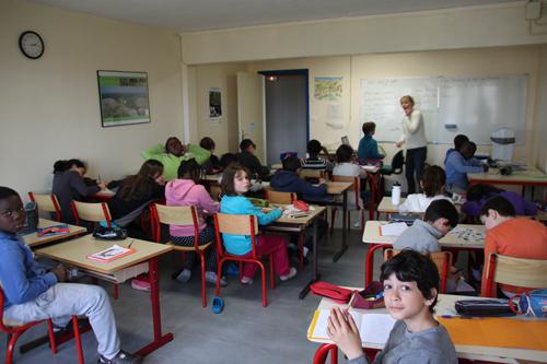 Classe de découvertes, centre vacances, classe de campagne, salle de classe 2